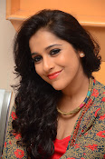 rashmi gautam new sizzling in red-thumbnail-3