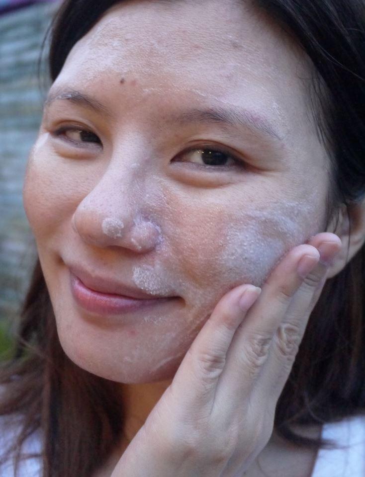 Nice White granules on facial skin thank