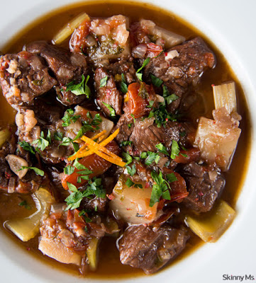 7 Slow Cooker Recipes to Make While It's Still Winter