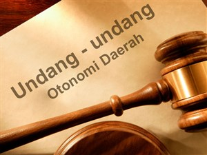 Dasar Hukum Otonomi Daerah