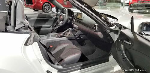 Fiat 124 Spider Urbana Interior