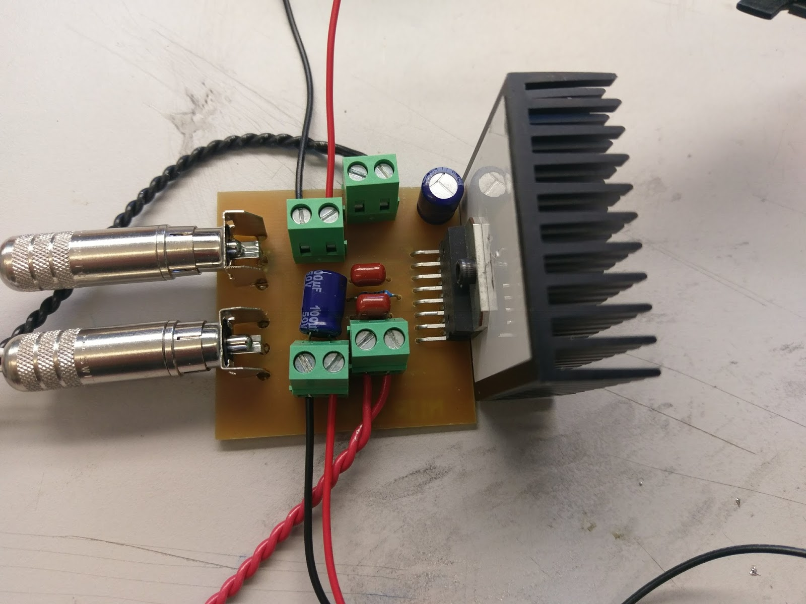 N1ir Electronics Website 2017 Circuit Can Be Soldered On Small Veroboard The Multivibrator Amp And Power Supply