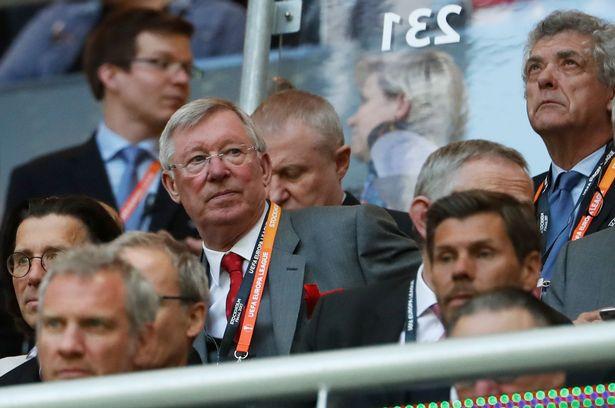 M.U bị Man City cho 'hít khói', Sir Alex nói gì?