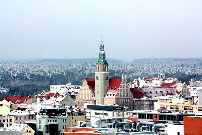 http://www.travelerdeluxe.pl/2016/02/olsztyn-zachwyca-zima-i-latem.html