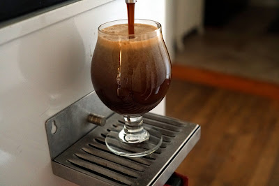 Beautiful nitro pour on the maple Adambier!