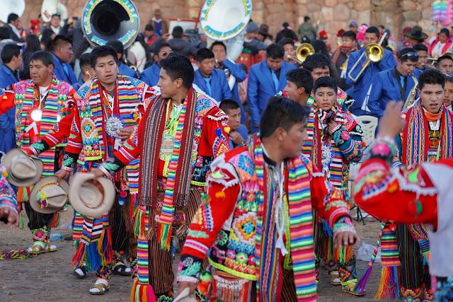 Danzantes en Perú - Antonio Quinzan de Viajes y Fotografía