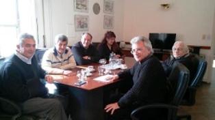 """Jaime Linares dijo que """"coincidimos en la necesidad de dar respuesta a una demanda de muchos años de los bonaerenses, un proyecto que no es sólo para el Gobierno actual, sino también para los futuros""""."""