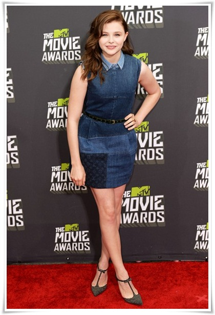5ccdca9420 Amazing shots from the MTV MOVIE AWARDS 2013 red carpet. Chloe Moretz in a  patchwork denim dress from the Louis Vuitton ...