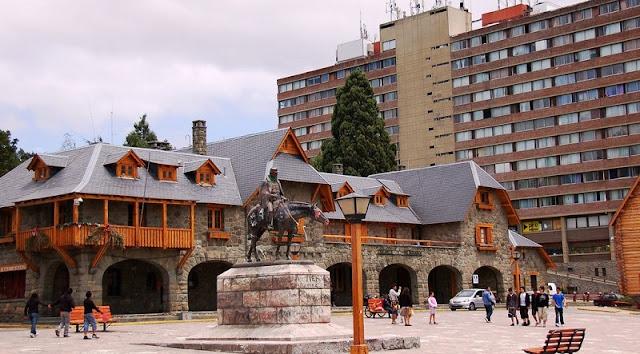 Arredores do Centro Cívico de Bariloche