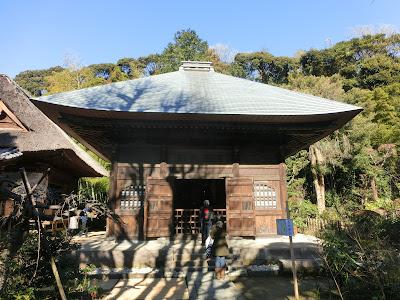 常楽寺仏殿