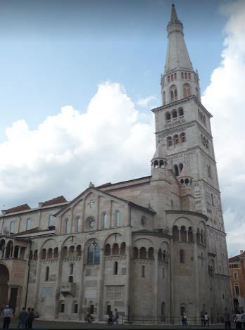 cattedrale e ghirlandina Modena