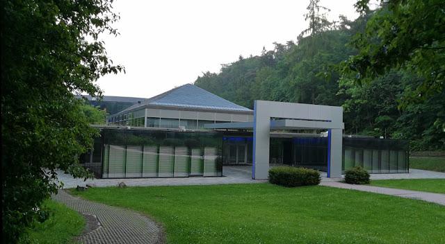 Bad Wildungen - Wandelhalle im Kurpark