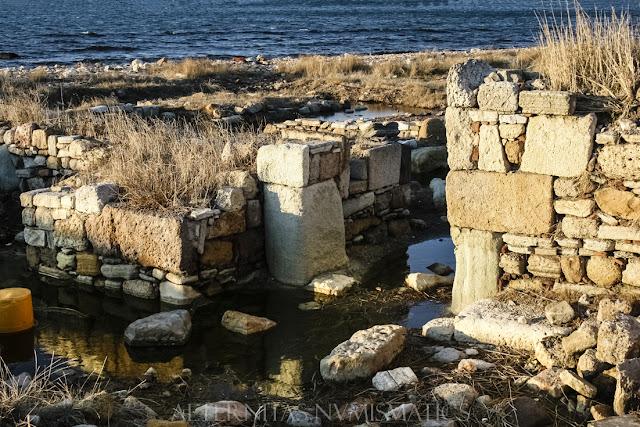 Entrada al castillo bizantino localizada en las inmediaciones
