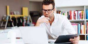 Tips Cara Sehat Bekerja di Depan Komputer