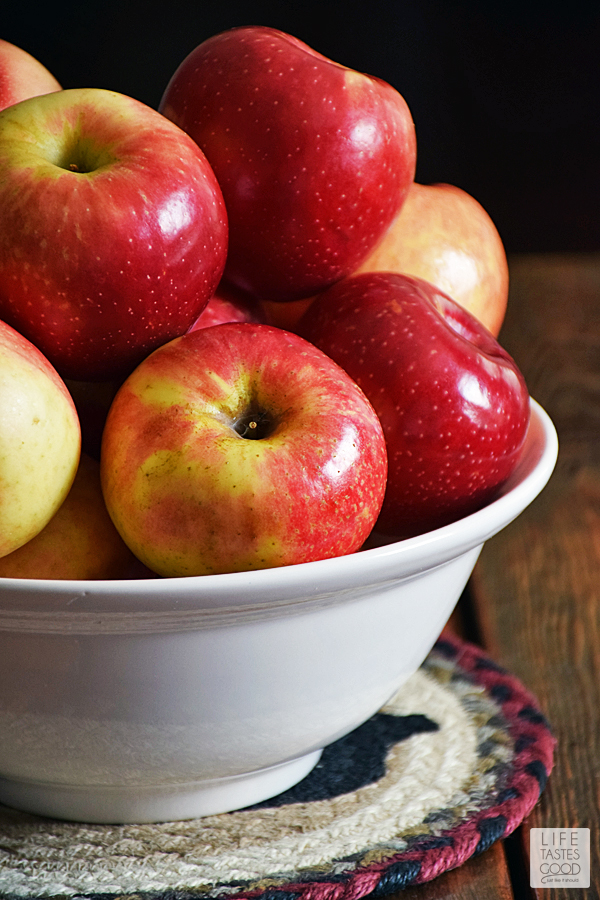 SweeTango Apples in a bowl ready for snacks