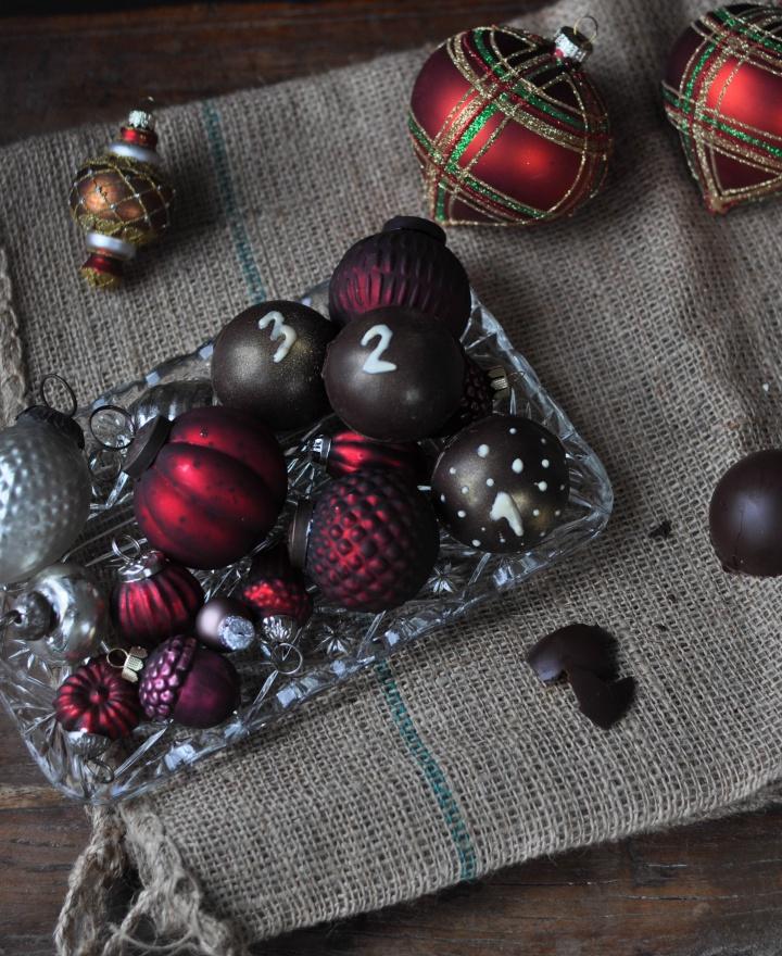 gluten free DIY Chocolate Advent Calendar