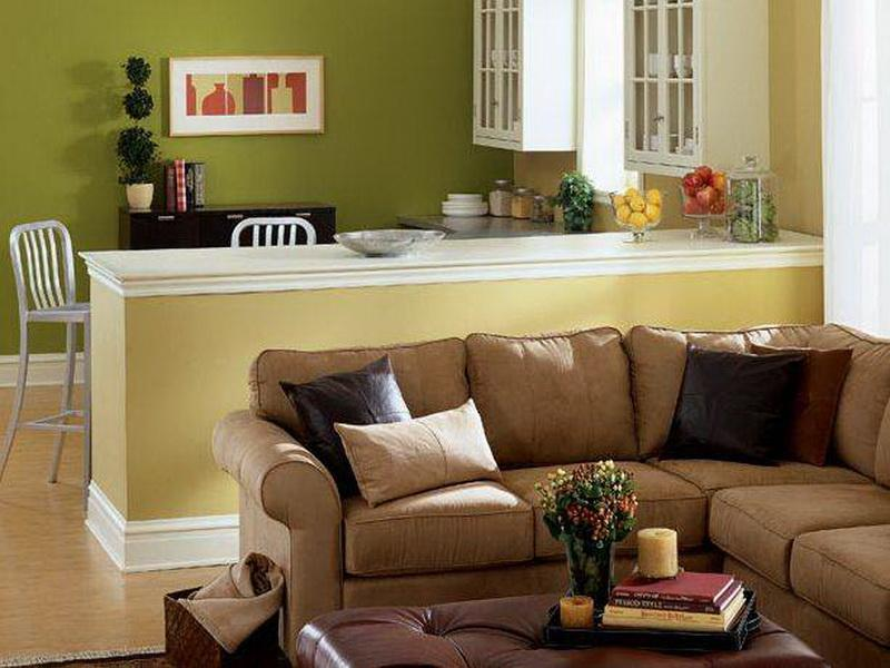 How To Decorate A Living Room With Green Walls Brown Leather Sofas