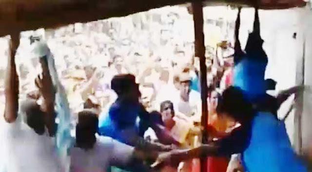 திருப்பூரில் டாஸ்மாக் கடையை அடித்து நொறுக்கிய பொதுமக்கள்..!