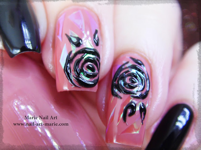 nail art roses noires en gel et glass nails6