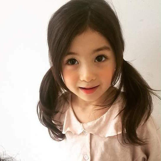 Korean Girl Dubbed As The Prettiest Toddler In The World Goes Viral Online!