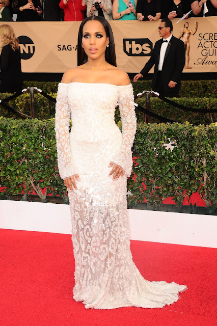 Kerry Washington in Platinum at the 23rd Annual Screen Actors Guild Awards_Instar Images worldwide photo rights_expires January 29 2018