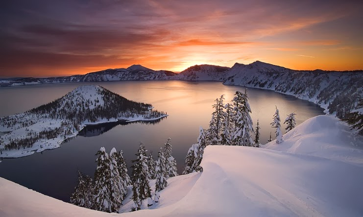 Winter Crater Lake US