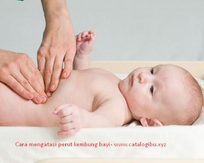 Saat perut kembung yang terjadi pada bayi anda perlu tau cara mengatasinya