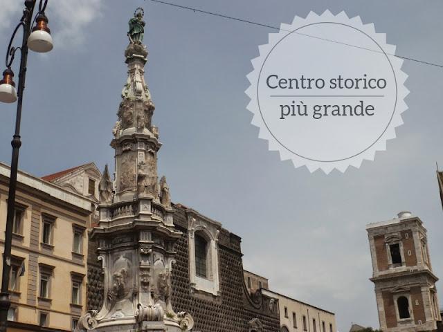 Le città col più grande centro storico in Europa. Napoli Piazza del Gesù Nuovo