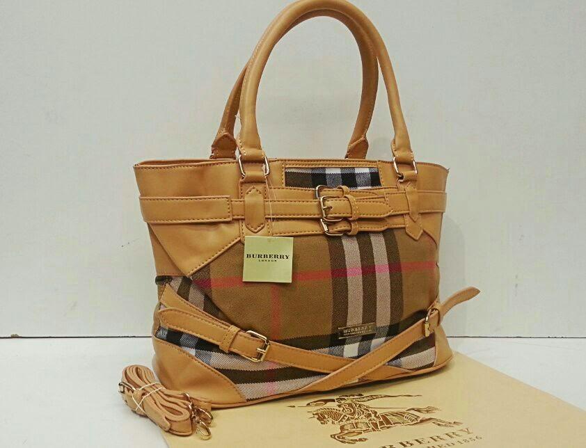 Burberry Bag Br2