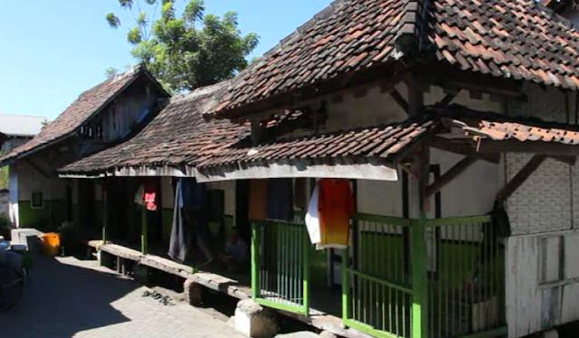 kyai tertua di indonesia