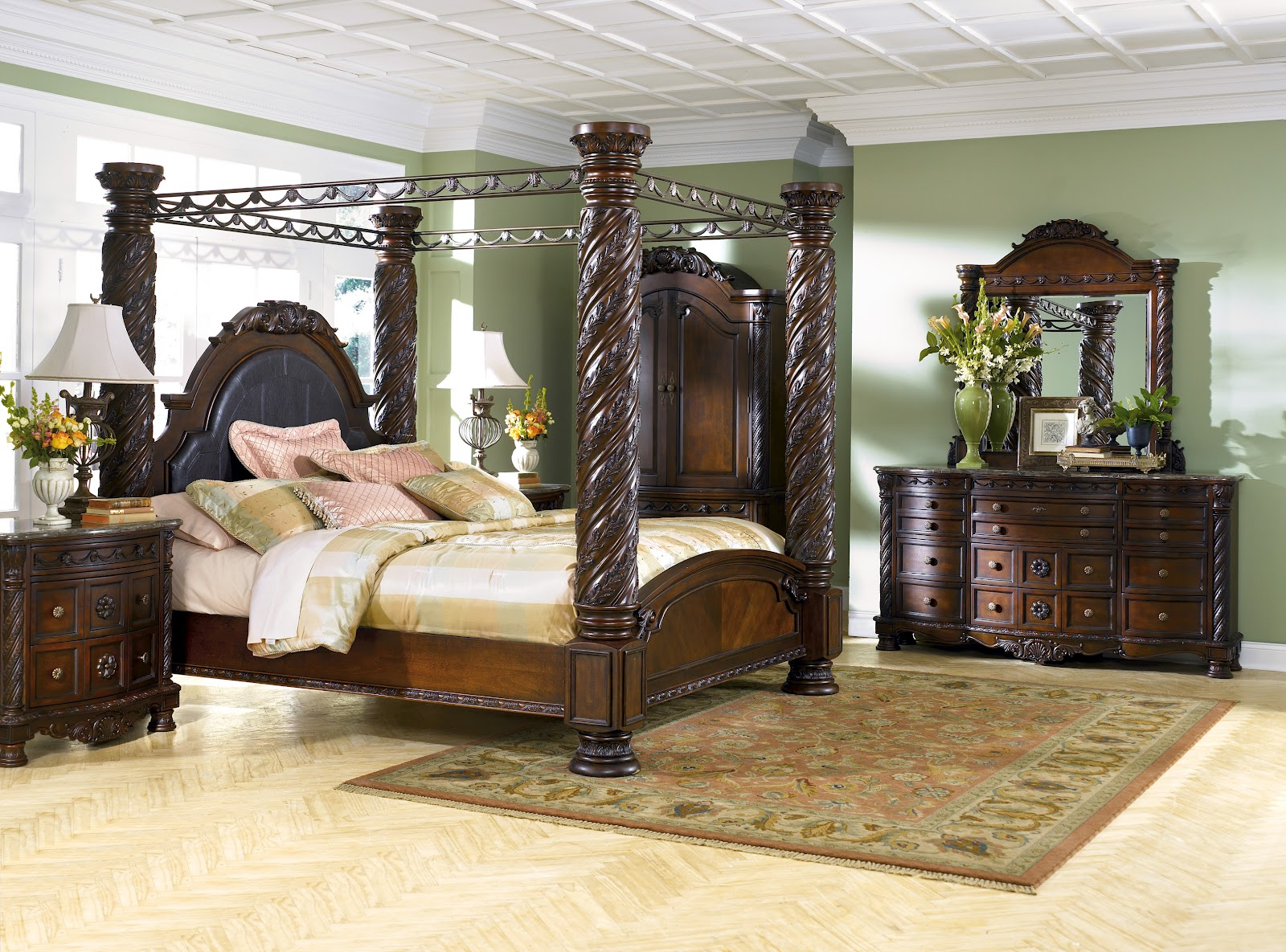 North shore bedroom set reviews buying guide north - Ashley furniture bedroom packages ...