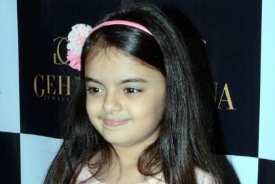 Biodata Ruhanika Dhawan (Pemeran Ruhi)