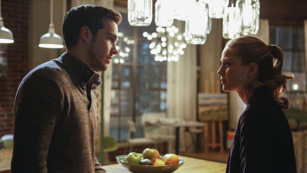 Mon-El confesando sus sentimientos en 'Supergirl'