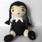 patron gratis muñeca miercoles amigurumi | free amigurumi pattern doll wednesday