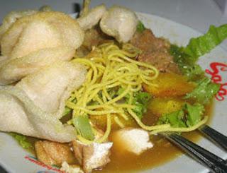 Kuliner Indonesia -  Tahu Campur Kalasan