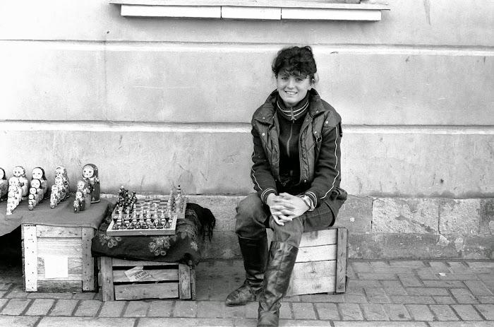 Moscou, rue Arbat, matriochka, © L. Gigout, 1990