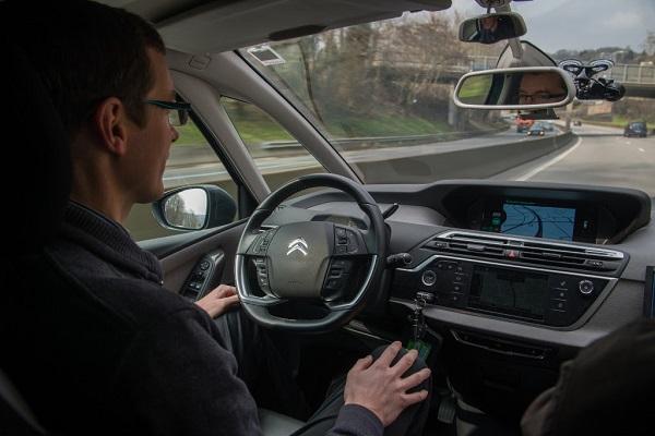 vehículos autónomos del Grupo PSA