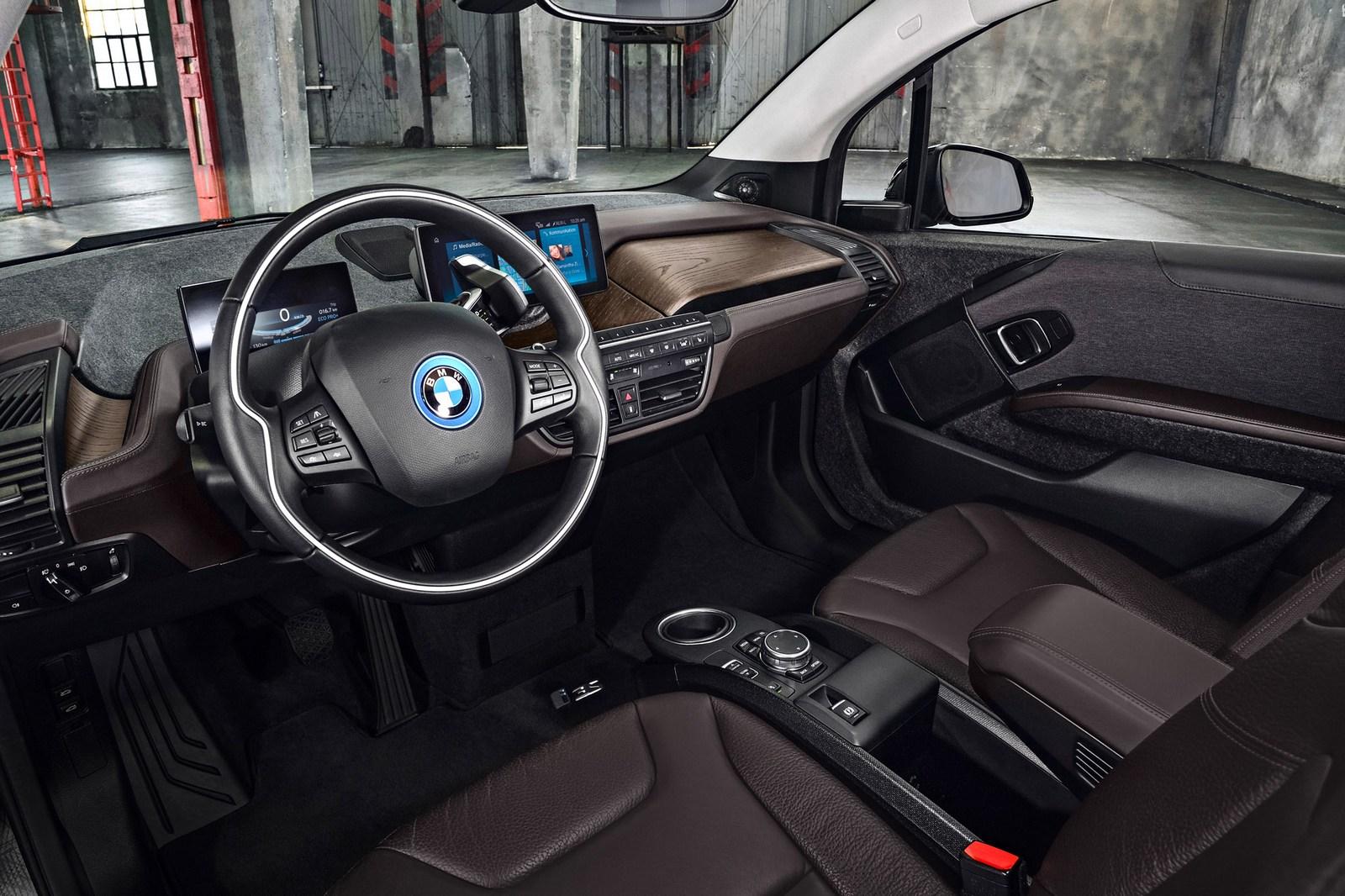 2018-BMW-i3S-27