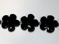 http://www.perles-nature.com/noire/1760-perle-agate-noire-fleur-20mm-la-perle.html