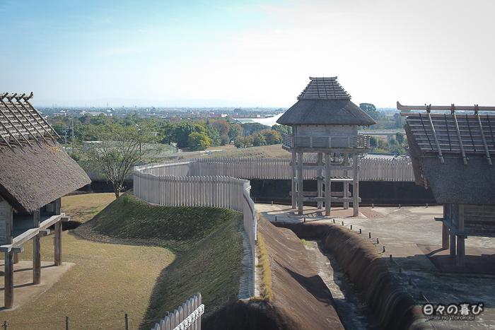 Kitanaikaku, vue sur l'enceinte depuis une tour de guet, parc Yoshinogari, Saga