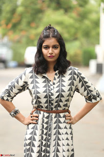 Swathi Reddy Looks super cute at London Babulu theatrical trailer launch ~  Exclusive 033.JPG