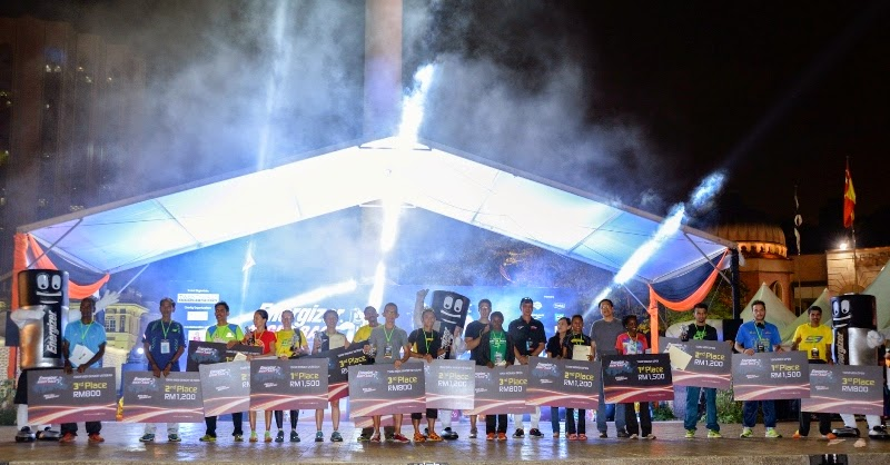 Malaysia Largest Night Race, Energizer Night Race 2014, Energizer Malaysia, ENR2014, running, girls running, marathon