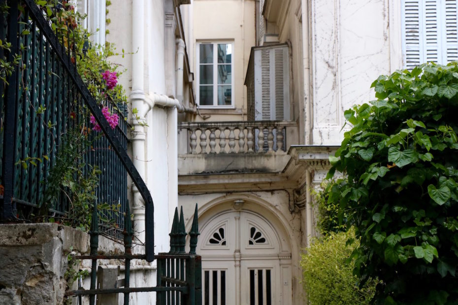 Beautiful architecture on villas in private Avenue Frochot in Paris