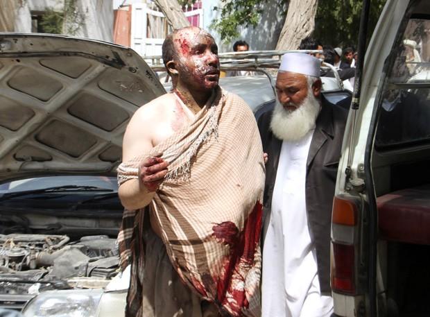 Acidente de trânsito deixa 73 mortos no Afeganistão