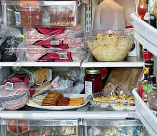 شاهد الطريقة الصحيحة لحفظ الطعام بعد الطبخ وإعادة تسخينه