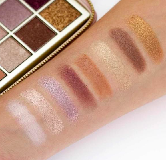 Best makeup for mature women: b-glowing Illuminate + Shine Palette swatches on Fashion and Cookies beauty blog, beauty blogger