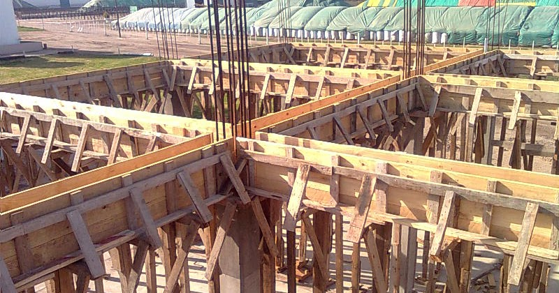 C lculo de encofrado de vigas for Encofrado de escaleras de concreto