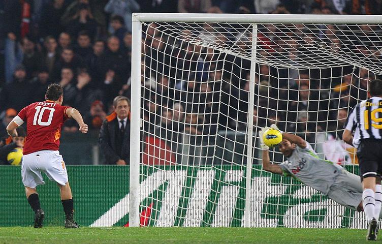 """Totti: """"Buffonu bih poklonio vremeplov"""""""