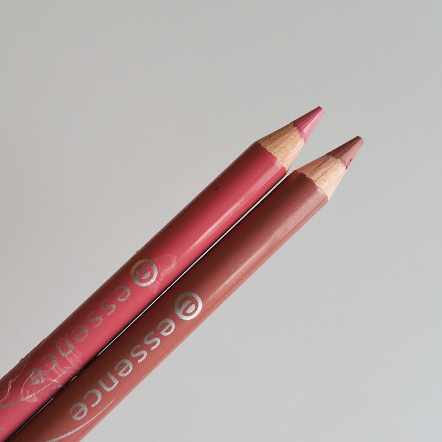 Essence lip liner in nude and wish me a rose