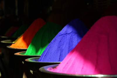 Quais as funções das cores em nossos trabalhos de arte?